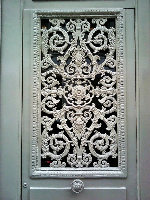 Paris Door Design