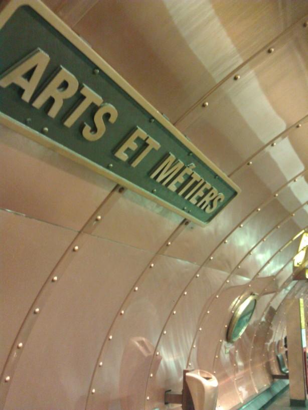 Station de métro à  découvrir sur la ligne 11