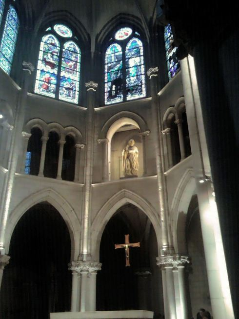 Église Saint-André de l'Europe Church interior 2