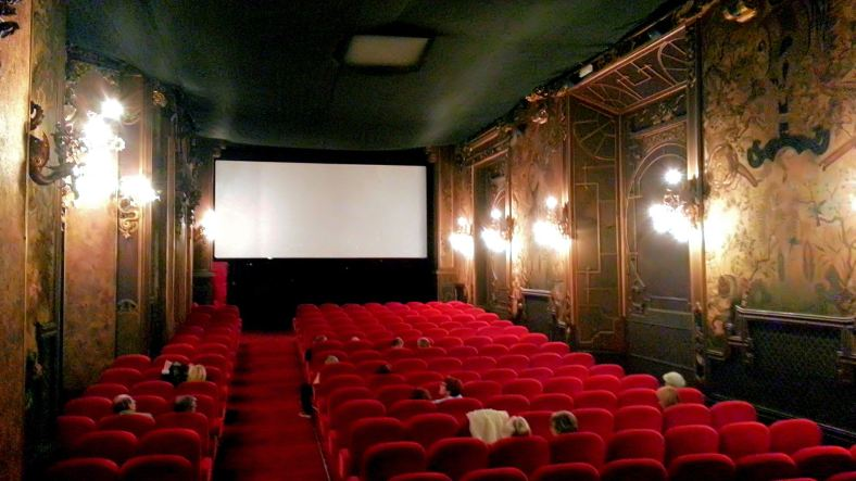 Used 2013-09-07 Pagoda Cinema (Paris Paul Prescott) C360_2013-05-07-16-28-10-117 Sunday Used