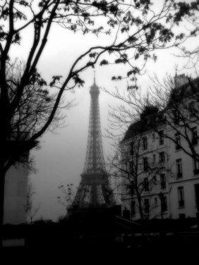 Used 2014-01-27 Eiffel Tower mist (Paris Paul Prescott) 2012-01-034 Used