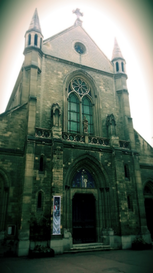Used 2014-07-20 Paroisse Saint Joseph Artisan (Paris Paul Prescott) C360_2013-03-23-11-43-16_orgi Sunday Used