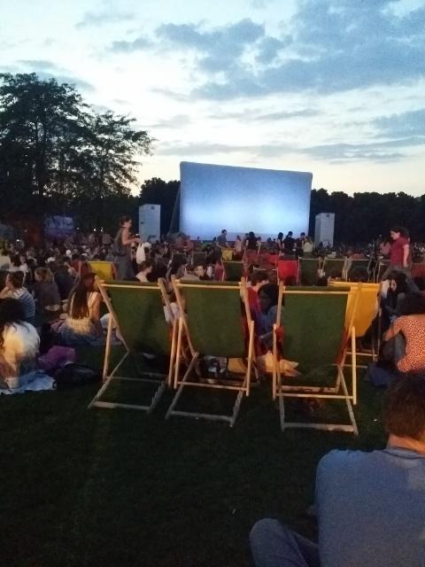 Used 2014-07-26 Cinema en pleine aire (Paris Paul Prescott) IMG_20140725_220032 Used